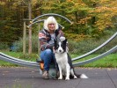 Petra Opel mit Therapiehund Frodo (Border-Collie)